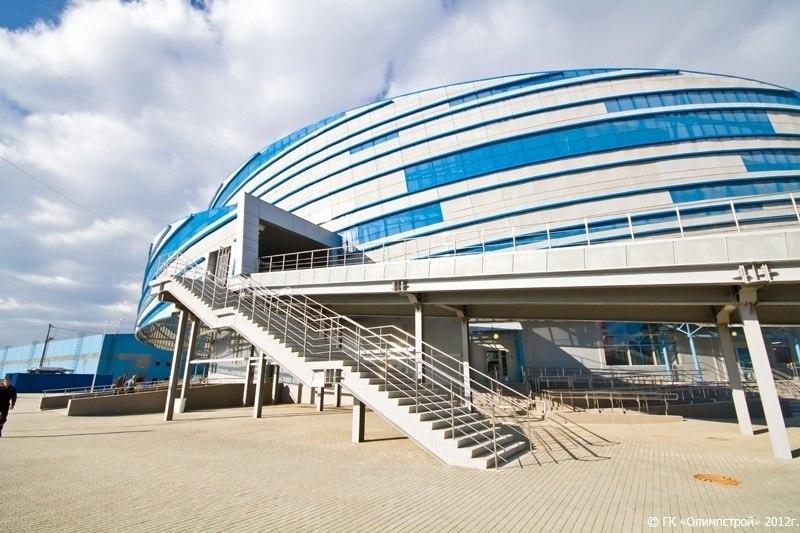 Ледовая арена шайба фото