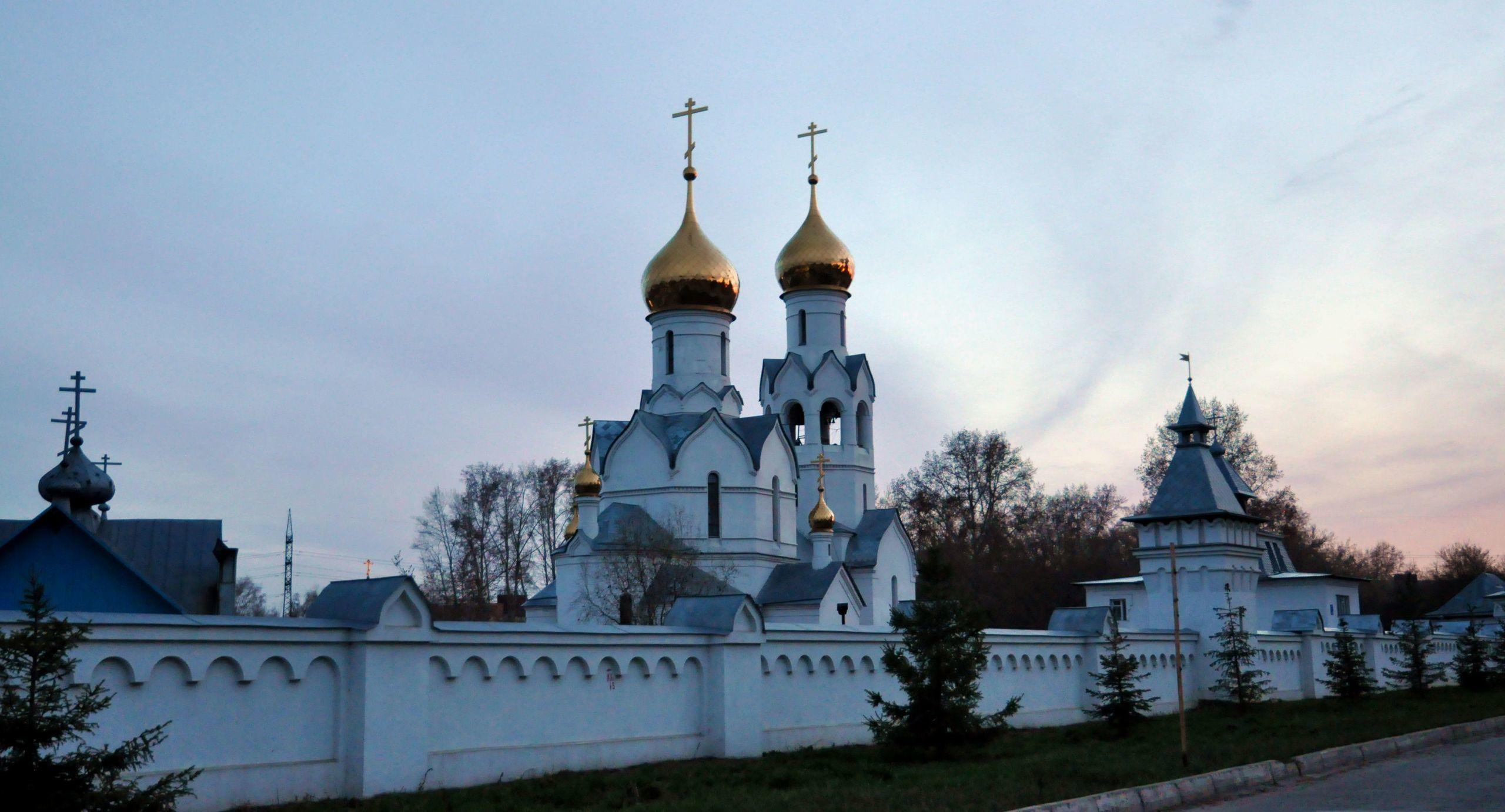 дыра фото монастыри новосибирской области учетом